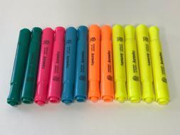 UNIVERSAL Desk Highlighter Chisel Tip Assorted Colors 12/Set